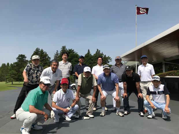秋にそなえて親睦ゴルフ会を開催!